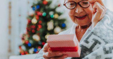 10 idées cadeau pour grand-mère créative