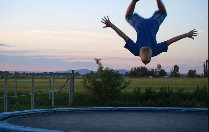 trampoline extérieur